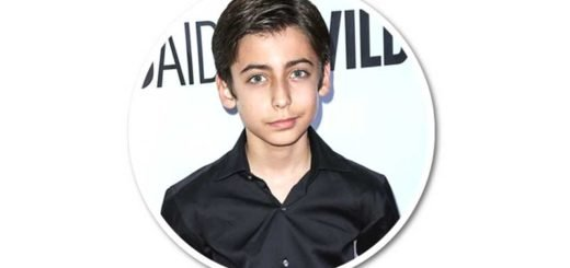 Aidan-Gallagher